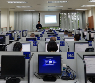 ทดสอบวิภาววิสัยผู้เข้ารับการศึกษา หลักสูตรครูทหารชั้นสัญญาบัตร รุ่นที่ ๔๘